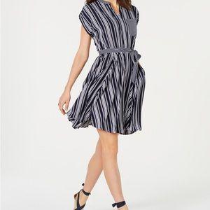 Charter Club cute dress. Has pockets. Size 6